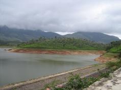 Anayirangal Dam