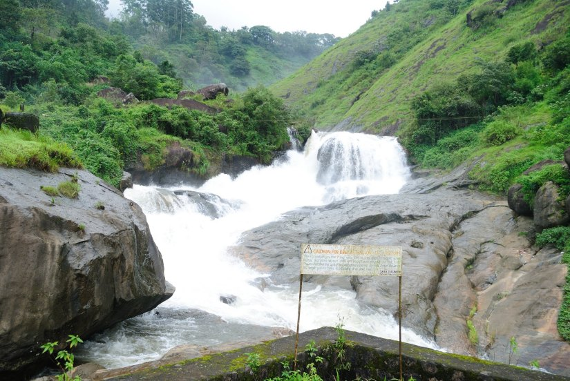 View of the Aatukkadu falls from the road